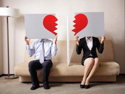离婚后看见出轨前妻_出轨后离婚_女人出轨后老公不理她为了小孩不离婚但是还有话聊