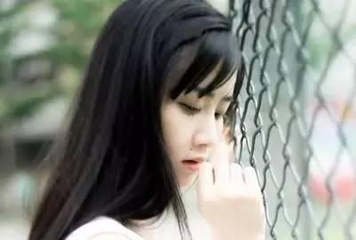 婚外情女人爱男人表现_结束婚外情女人痛苦吗_婚外情中女人该怎么做